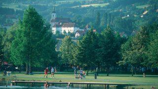 Die Region Stubenberg am See liegt nahe der steirischen Apfelstraße und ist unter Touristen sehr beliebt